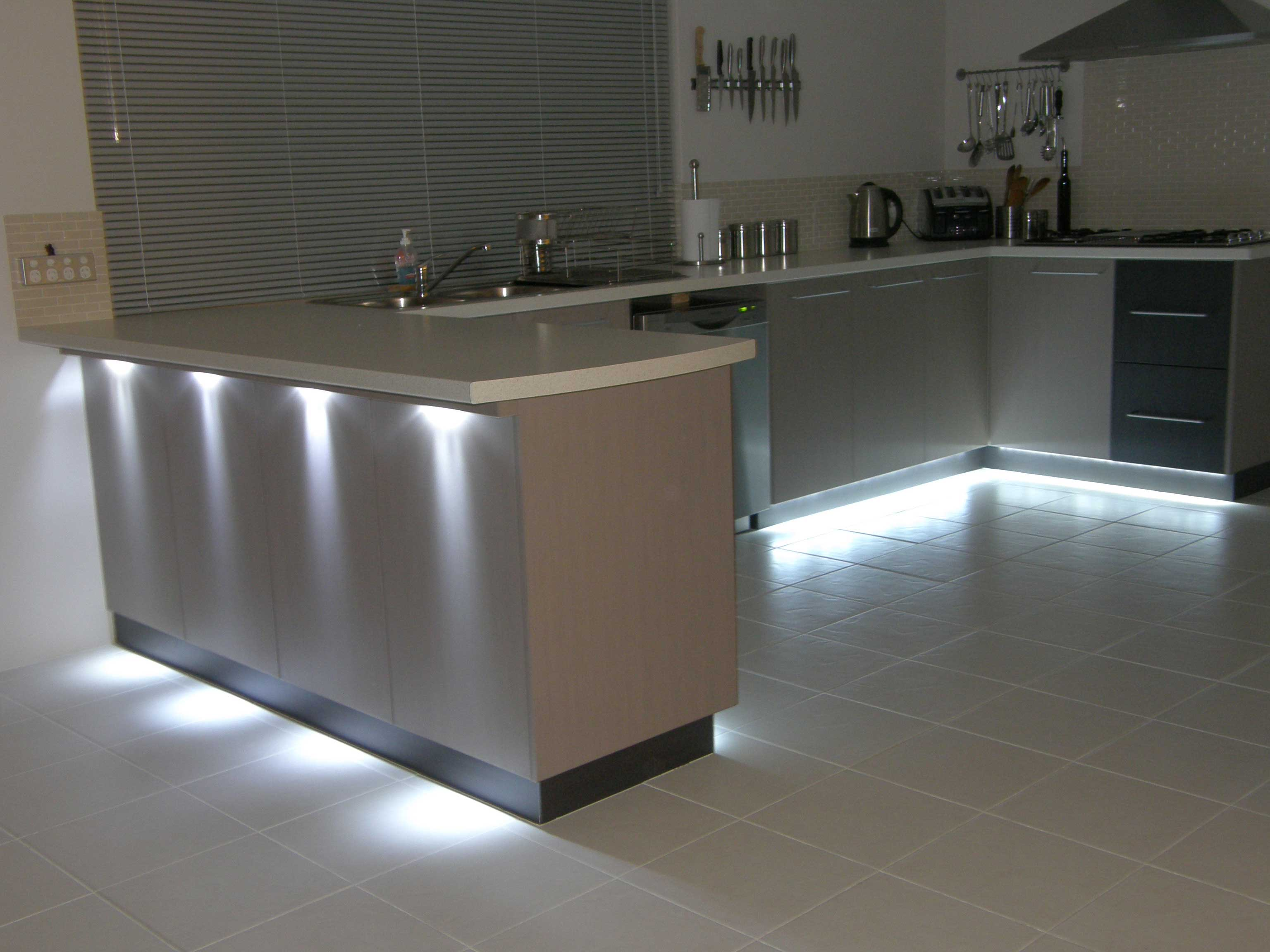 Kitchen indirect led lights smarthouse for Kitchen led lighting